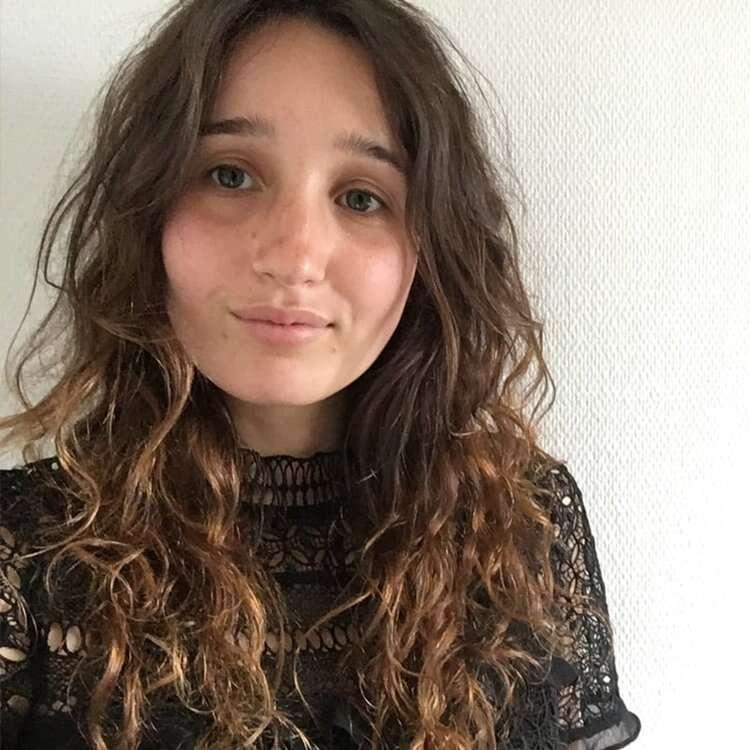 Emmanuelle - Coupeuse